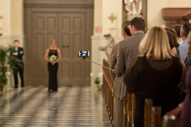 wedding-selfie--670x446